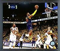 NBA レブロン・ジェームズ クリーブランド・キャバリアーズ 2015 ファイナルアクションフォト (サイズ:12インチ x 15インチ) フレーム入り