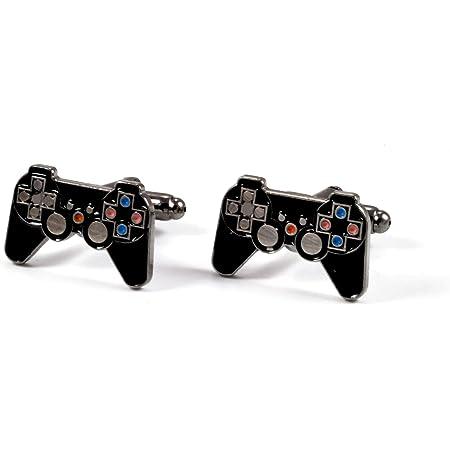 Juegos negros de la consola del controlador Gemelos en una ...