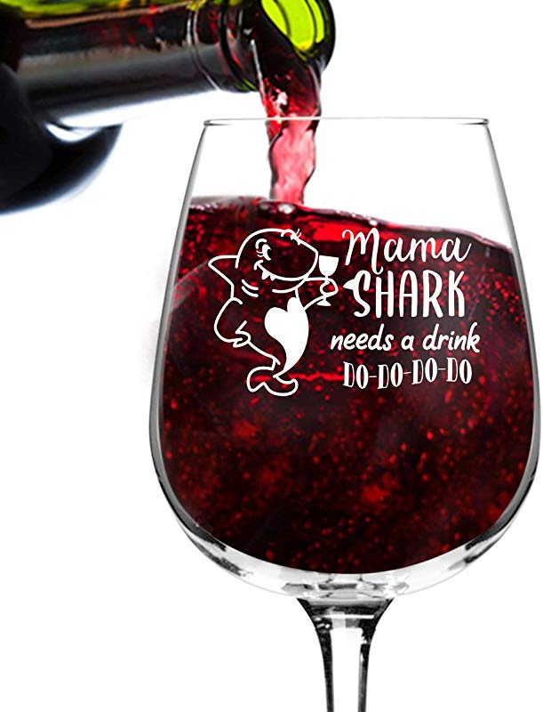 Mama Shark Needs A Drink Do Do Do Funny Wine Glass 12 75 Oz Birthday Present For Mom Best Mom Ever Glass For Mom Step Mom New Mom Or Grandma Mommy Gifts From Daughter Son Gift For Women