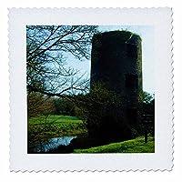 3dRose qs_44118_1アイルランドのブラーニー城のそばに美しい青い川が走っていますキルトスクエア、10×10インチ