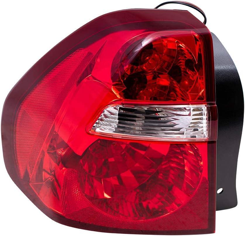 爆買いセール Brock 公式通販 Replacement Driver Tail Light Compatible Ma with 2004-2007