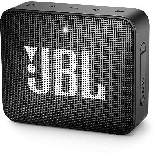 JBL GO 2 kleine Musikbox in Schwarz, Wasserfester, portabler Bluetooth-Lautsprecher mit Freisprechfunktion, Bis zu 5 Stunden Musikgenuss mit nur einer Akku-Ladung