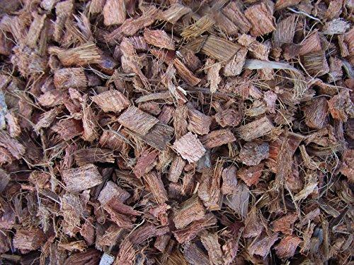 Mulch Chips aus 100 % Kokos, grob, 50 Liter, (EUR 0,52/Liter), Kokoschips, Einstreu geeignet als Unkrautschutz, Winterschutz, Pflanzenschutz, Schneckenschutz und Düngemittel, 100% biologisch abbaubar