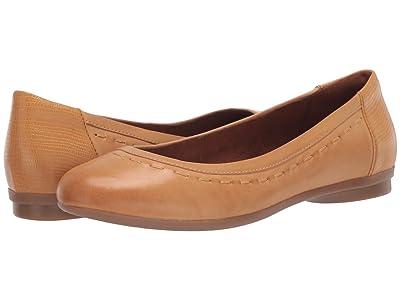 Cobb Hill Maiika Ballet (Amber Yellow) Women