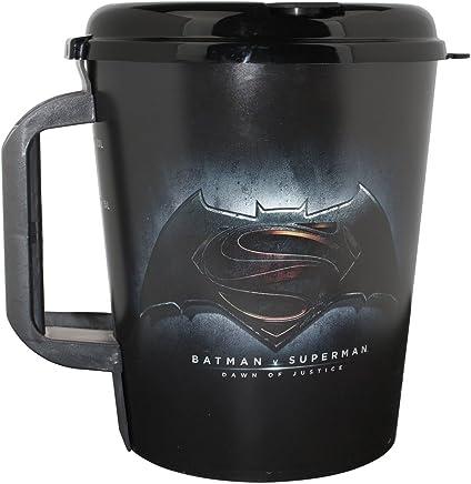 Preisvergleich für Batman v Superman Megabecher