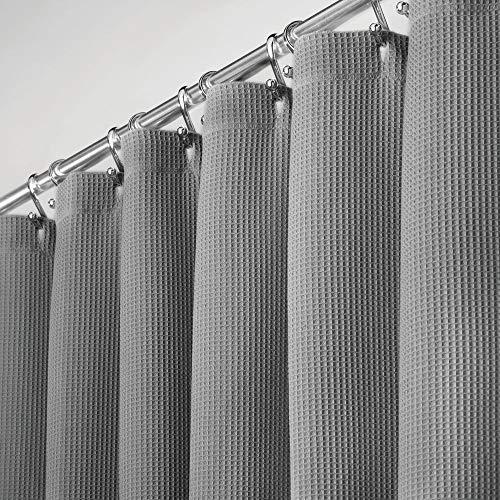 mDesign Duschvorhang aus 100{640a6b3de300a2e5e3632d8446633d37430631c9ebe5a43926683451723c9ef1} Baumwolle – schöne, strukturierte Duschgardine – pflegeleichter Badewannenvorhang – grau