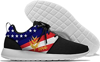 Golden Parrot Custom Gold Background Hiking Shoes Casual Shoes Men Fashion Sneakers