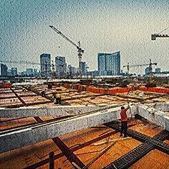 HD クレーンと高層ビルを背景にした産業建設現場9015239(大人用のプレミアム500ピースジグソーパズル52 * 38 cm)