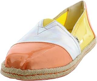 حذاء حريمي من TOMS Alpargata