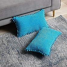 DEZENE Azul Fundas de Almohada Decorativas con Pompones - 30x50cm Paquete de 2 Fundas Rectangular de Cojín de Granos de Maíz Grande a Rayas de Pana para Sofá de Granja
