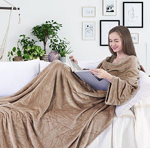 DecoKing Manta de Microfibra, con Mangas y Bolsillos, Forro Polar Suave y cálido, con Compartimento para los pies 150x180 cm Beige