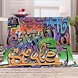 WJYMJJ Manta de Franela Graffiti del Alfabeto de Color Manta Polar 100% Microfibra Extra Suave, Manta de sofá, de Cama o de Sala de Estar 130x150 cm