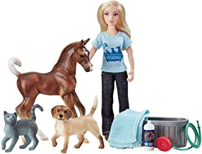Breyer Classics Pet Groomer Doll & Animals Set (1:12 Scale), Multicolor
