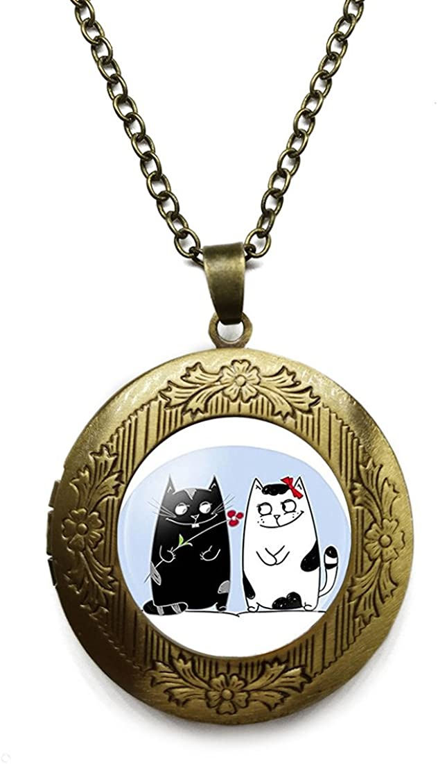NEW before selling Vintage Bronze Tone Locket Picture Necklace trend rank Lover Cat Pendant In