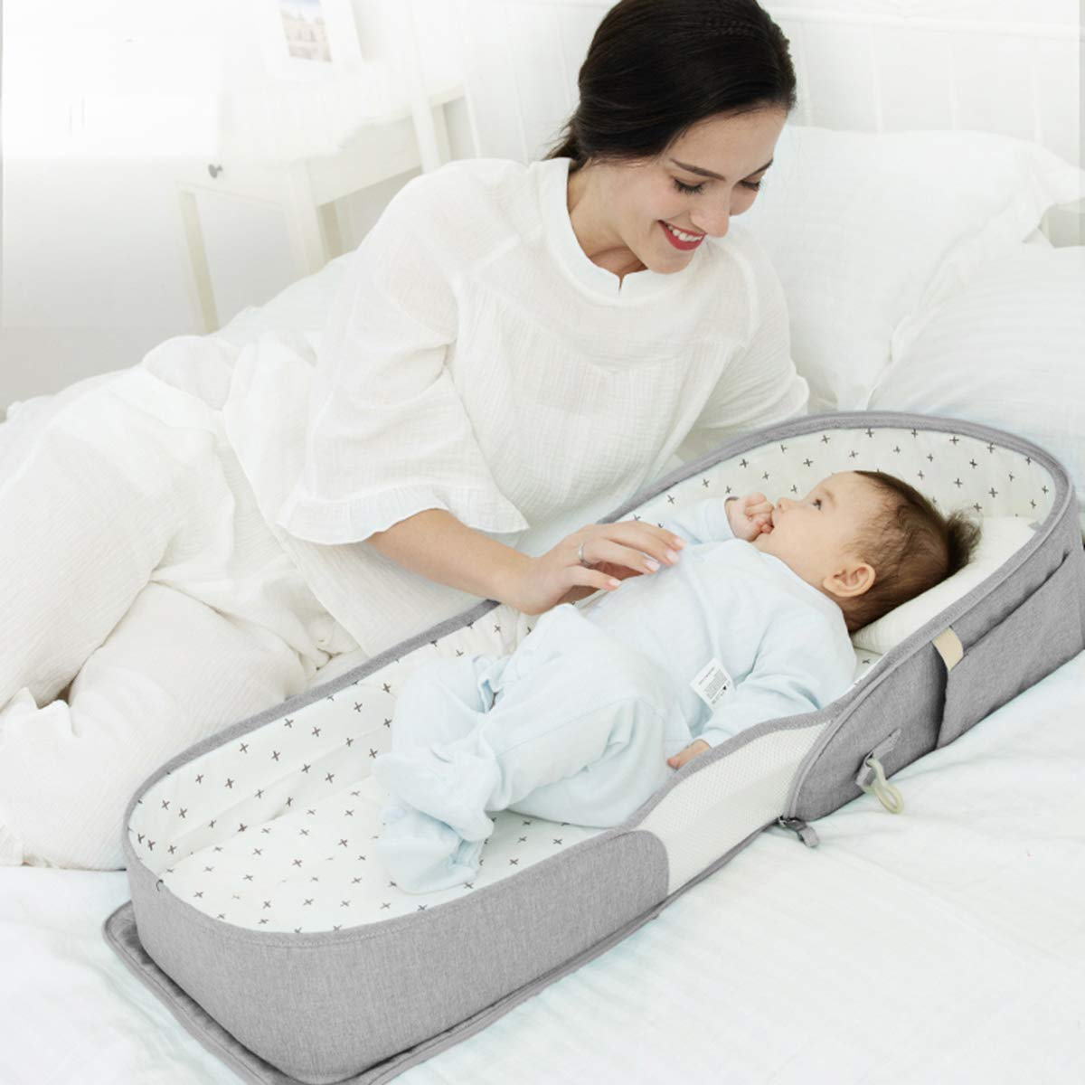 SUNVENO Infant Travel Crib Portable Travel Bed Foldable Newborn Travel Bassinet Backpack with Soft 100% Cotton Mattress, Baby Lounge Beside Sleeper Multi-Function for 0-12 Months, Grey