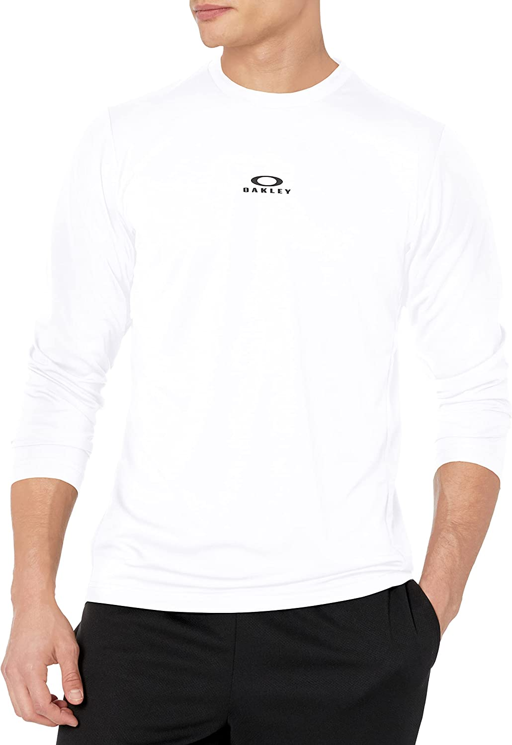 Seattle Mall NEW before selling ☆ Oakley Men's Foundational Tee Ls Training