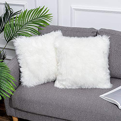 Quknou - Set di 2 federe decorative, in pelliccia di agnello, pelo lungo, per soggiorno, divano, camera da letto, seggiolino auto, tenda ecc. (bianco, 50 x 50 cm, 2 pezzi)