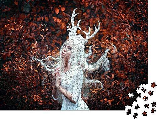 QBTE Puzzle 1000 Piezas Hermosa Mujer gótica con un Largo Vestido Blanco con Cuernos de Ciervo en el Bosque de otoño