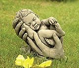 CATART Figura Decorativa Bebe en Manos en hormigón-Piedra para el jardín Exterior 30X28cm.