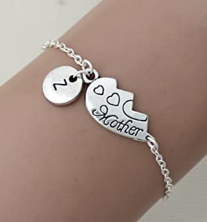 IL braccialetto di mano iniziale personalizzata. madre e figlia di braccialetti, madre e figlia, gioielli, il braccialetto...
