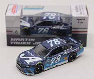 Lionel Racing Martin Truex Jr 2018 Auto-Owners Insurance 1:64