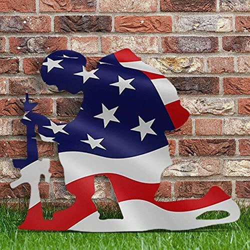 LUDAXUE Bandera Americana Arrodillada Soldado Bandera desgastada Metal Art Decoración Decoración del Hogar Patio Decoración Decoración Decoración Arte Ornamento Al Aire Libre