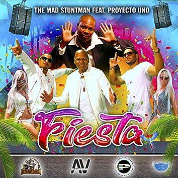 Fiesta (feat. Proyecto Uno)
