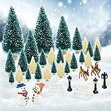 KBNIAN 36 Pcs Miniature Noël 27 Pcs Mini Sapin Noël Artificiel + 9 Pcs Ornement Miniature Forêt de Pins Modèle Élan Bonhomme de Neige pour Décoration Village Maison Train Scene de Noël Miniature