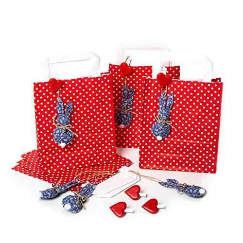 8 kleine rot weiß gepunktete Osternest Papiertüten 18 x 22 x 8 cm + 8 blau weiße Osterhasen Anhänger + 8 Herz Klammern: Geschenkverpackung zu Ostern Osterdeko natürlich Papier Geschenktaschen