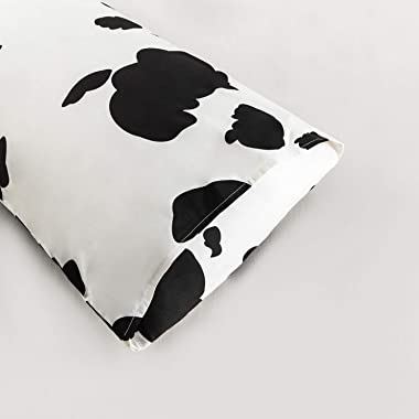 YuHeGuoJi Pillowcases 100% Cotton Queen Size Set of 2 White and Black Cow Print Decorative Bed Pillow Covers with Envelope Cl