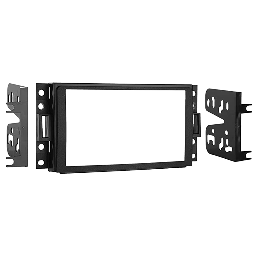 Metra 95-3304 Double DIN Installation Kit for Select 2005-2006 GM/Chevrolet Vehicles (Black)