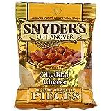 Snyder's Cheddar Cheese Pretzel Pieces, pretzel al cheddar da 56g