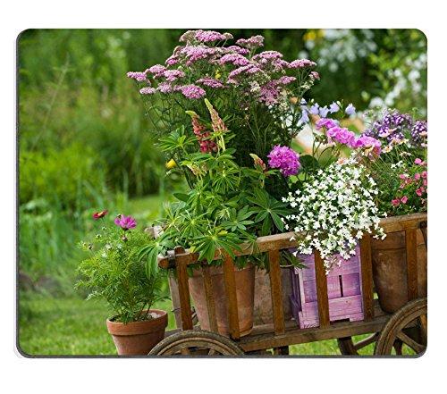 MSD Natuurlijke Rubber Mousepad IMAGE 21624184 Klein gieter met tuinbloemen 3540