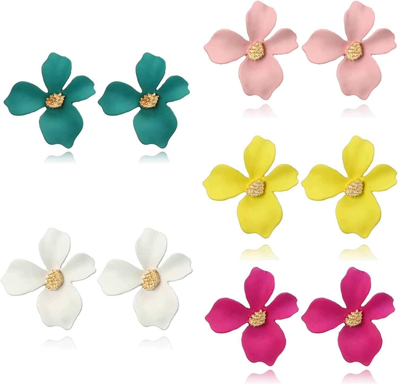 SMALLLOVE 5 Pairs Flower Stud Earrings Set for Women Girls Chic Bohemian Matte Flower Shape Gold Bud Daisy Earrings Jewelry Gifs for Mom Lover and Friends