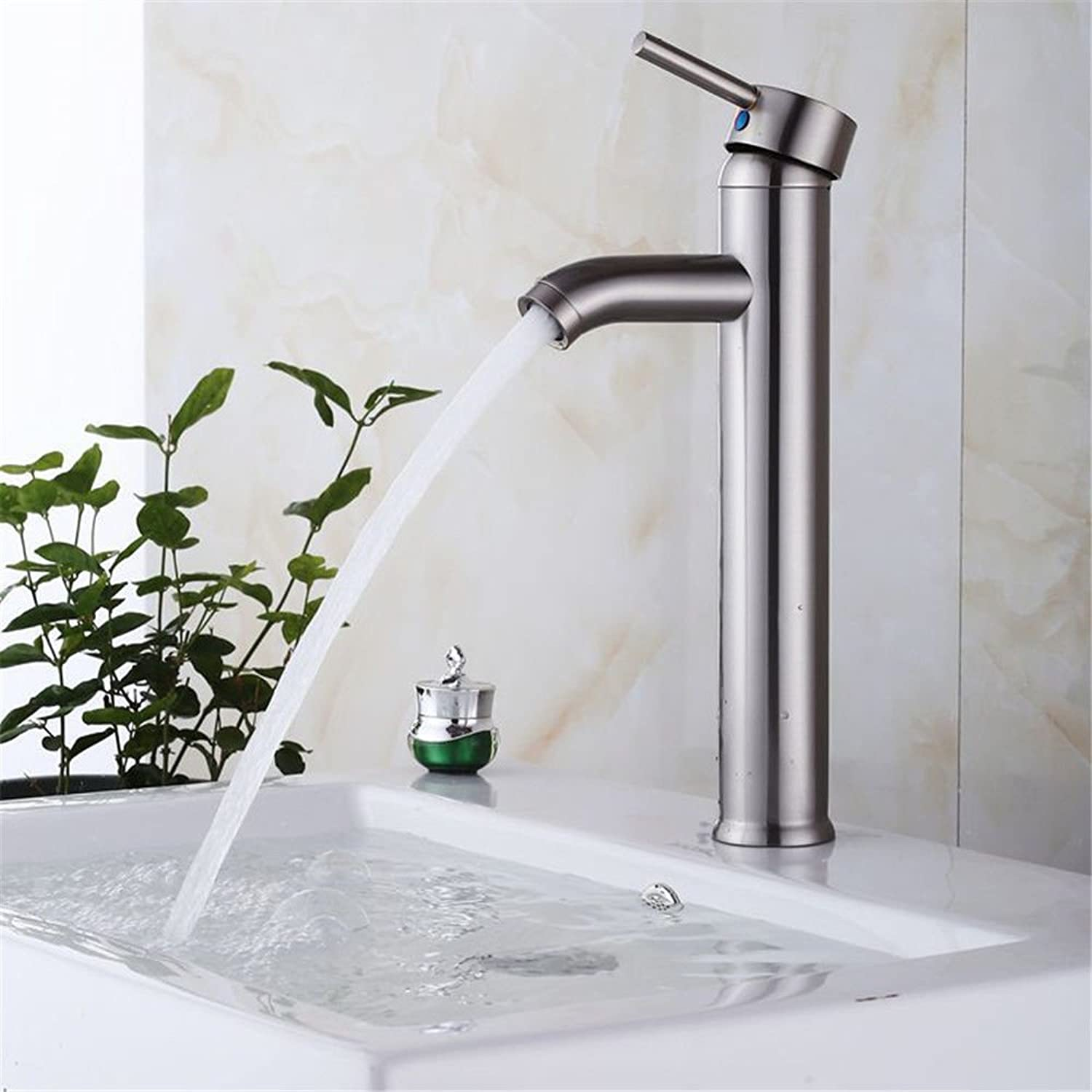 QIMEIM Basin Mixer Tap Bathroom Sink Tap Mixer Wash Sink Faucet Brushed Brass Hot and Cold Water Single Lever Bathroom Mixer Taps