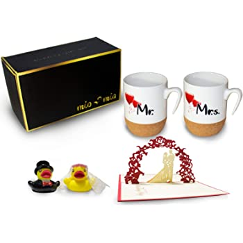 MIAMIO - Regalo para Pareja Nupcial Mr & Mrs/Set de Regalo de Boda/Tazas de Café Set con Corcho (Boda): Amazon.es: Hogar