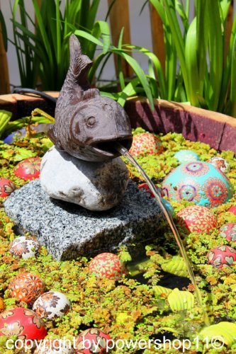 """Wasserspeier """"Fisch auf Stein"""" aus Gusseisen 15 cm"""