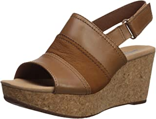 34e54d3618f2 Amazon.com  CLARKS - Sandals   Shoes  Clothing