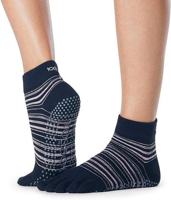 S Toesox Unisexs Half Toe Low Rise Yoga /& Pilates Grip Sock Melon