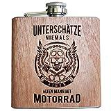 Holz Flachmann Unterschätze niemals einen alten Mann mit Motorrad | Geburtstags Geschenk...