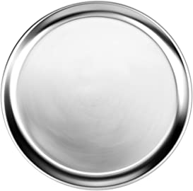 Explore pizza pans for grills