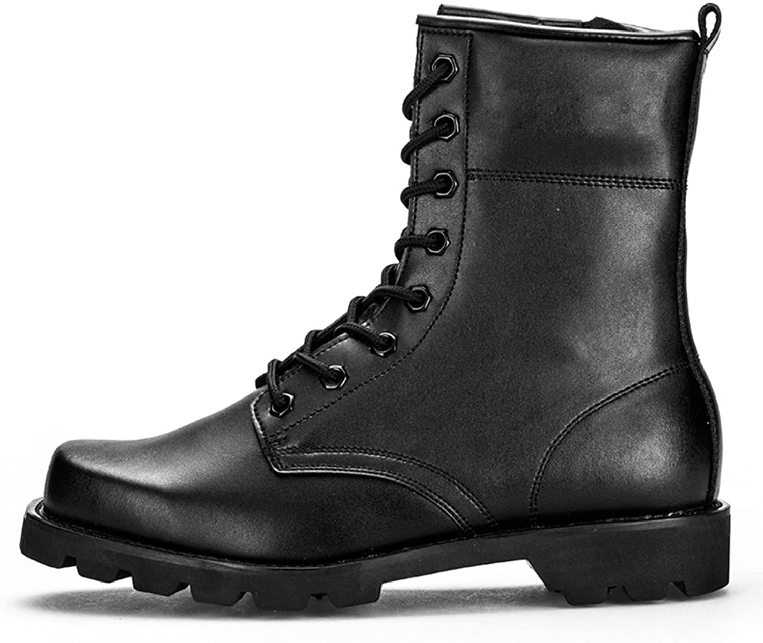Men's outdoor boots in the autumn hiking shoes