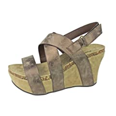 2a69e3a96526 Pierre Dumas Women s Hester-5 Vegan Leather Strappy Wedge Sandals