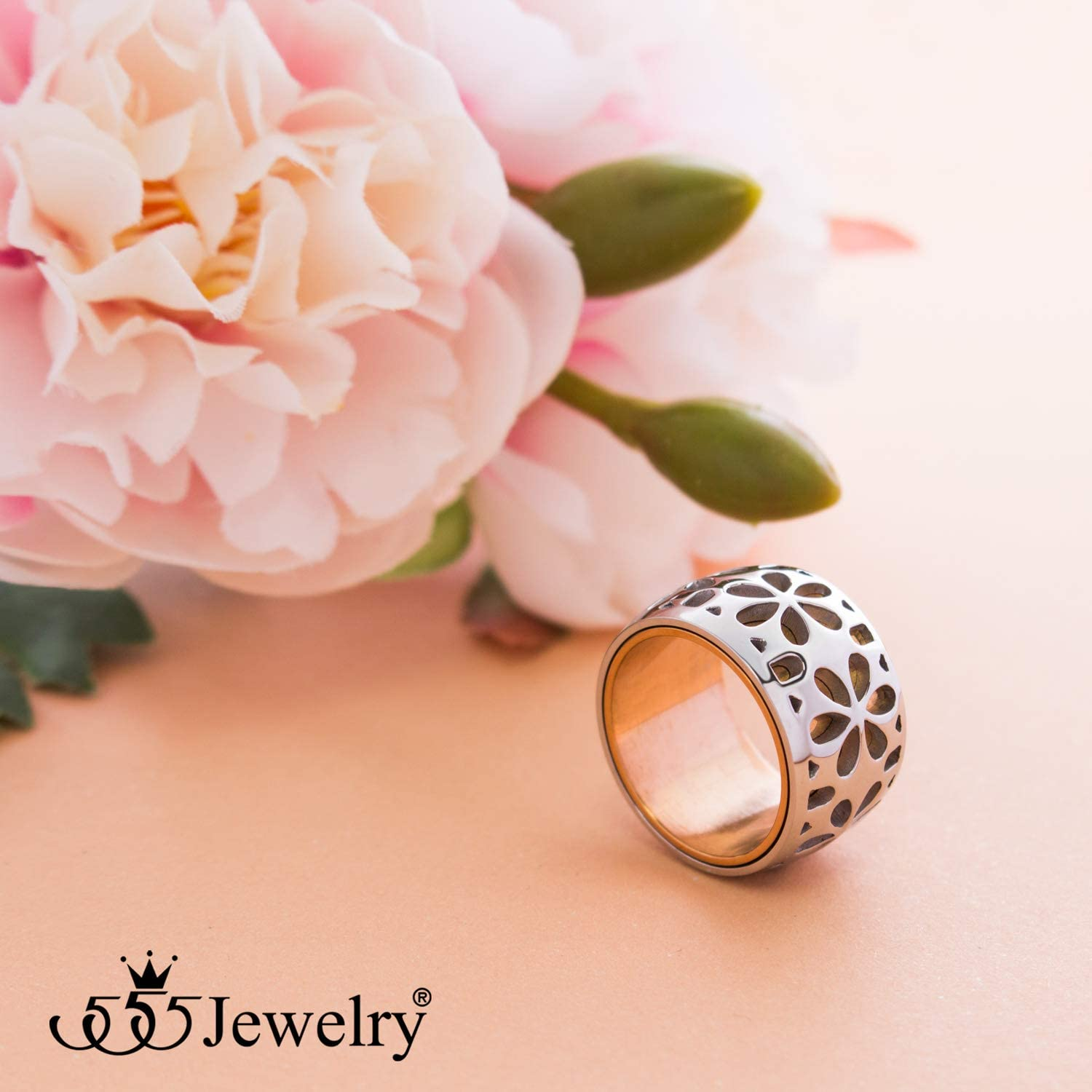 555Jewelry Stainless Steel Daisy Flowers Full Bloom Memorable Band Ring