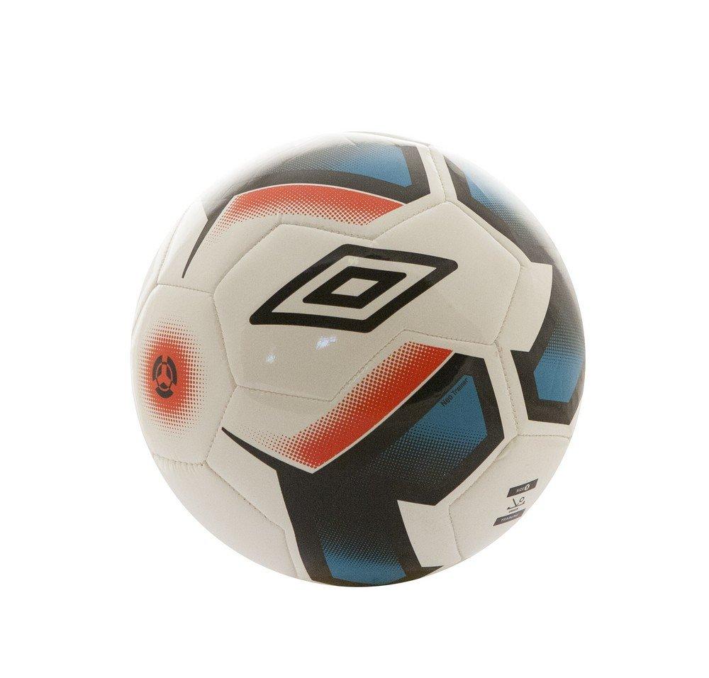Umbro Neo Trainer Balón Futbol, Hombres, Blanco/Negro/Bluebird ...