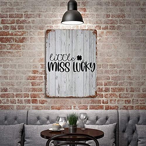 by Unbranded Little Miss Lucky, St Patrick, Lucky, Irlandais, T-shirt de St Patrick pour filles, trèfle, art vintage, plaque en métal pour bar, café, pub, club de bière