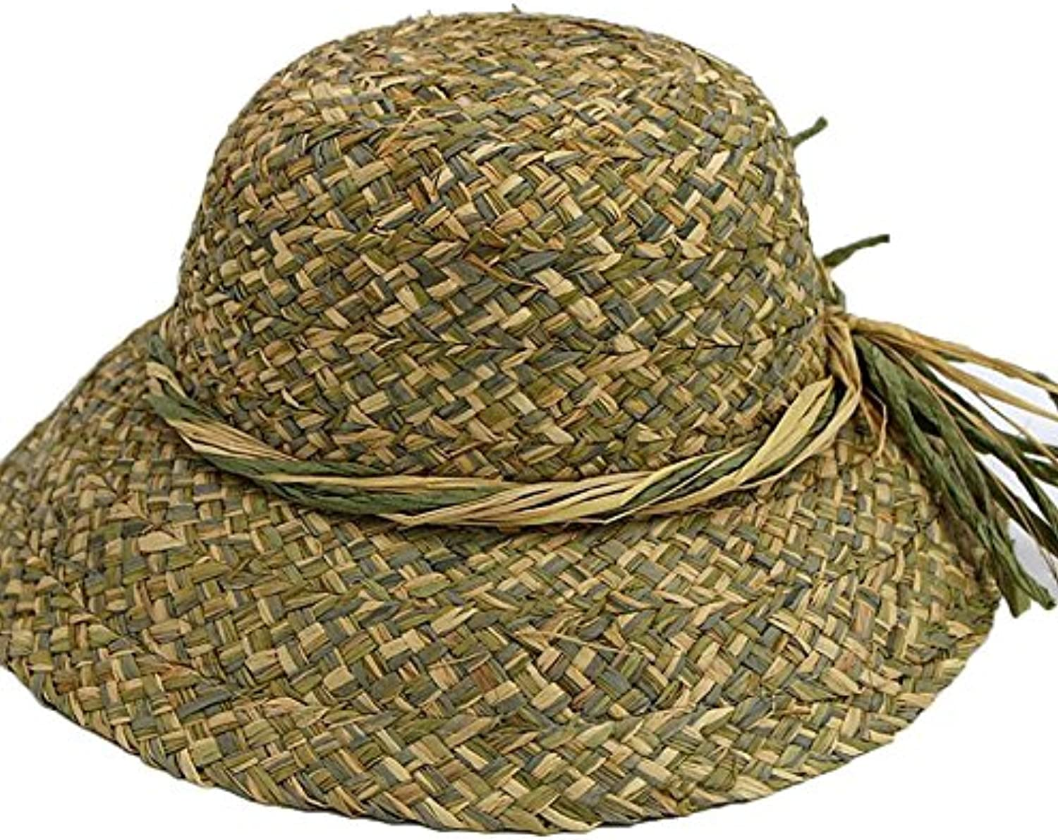 Hand-Woven Straw Hats are Suitable for Traveling in The Spring and Summer Season and Can Be Folded in The Sun