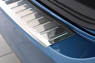 Fahrzeugspezifischer Ladekantenschutz aus Edelstahl mit 3D Abkantung AZ29000134