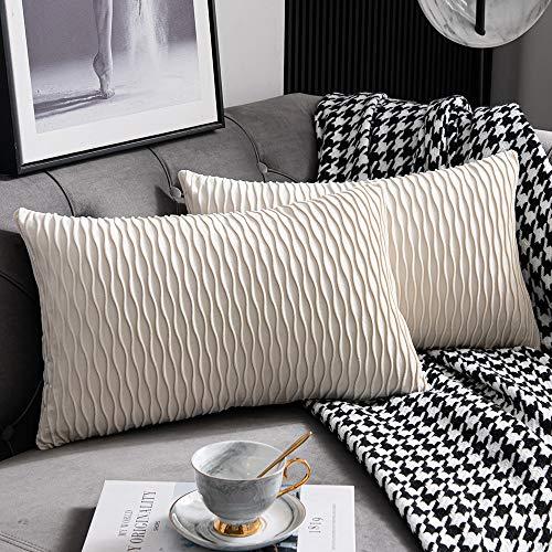 DEZENE Beige Sofakissen: 2er Pack 30cm x 50cm Original Gestreifte Rechteckige Kissenbezüge aus Gestreiftem Samt für das Schlafzimmerdekor zu Hause