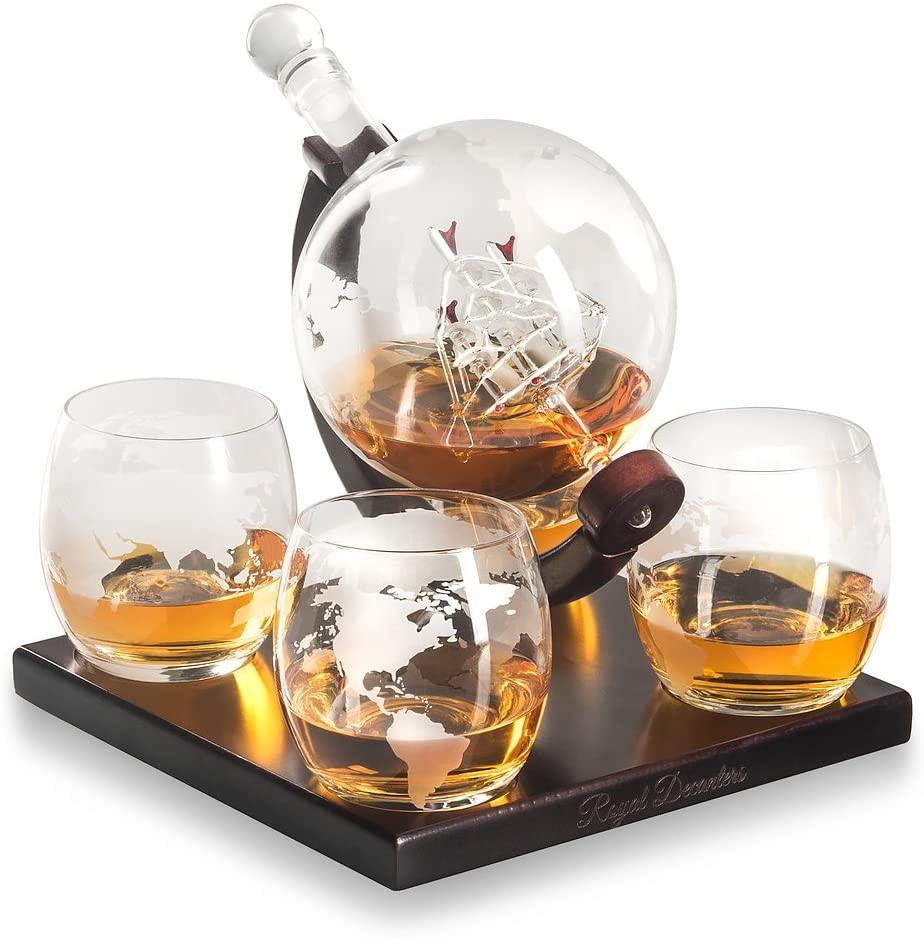 BELLE FILLE Whisky Decanter Globe Set Con 4 Bicchieri Da Whisky a Globo Incisi - Per lLiquore, Scotch, Bourbon, Vodka - 850 ml (A)